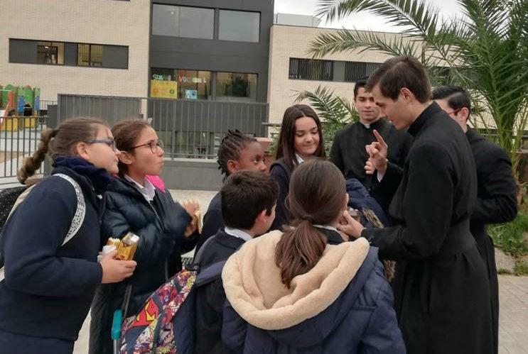 Los colegios Regnum Christi de Barcelona celebran la Semana Vocacional invitando a sacerdotes diocesanos, consagrados, consagradas y religiosas